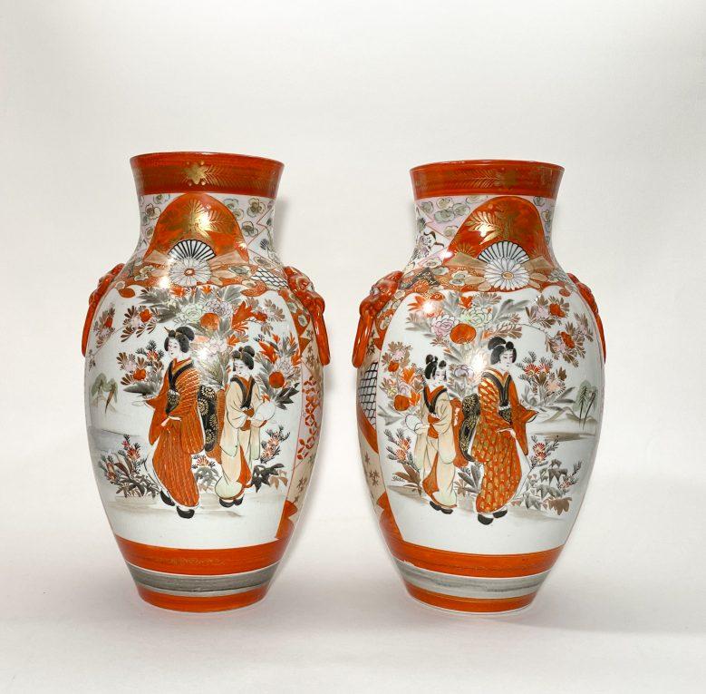 Пара старинных японских ваз Кутани