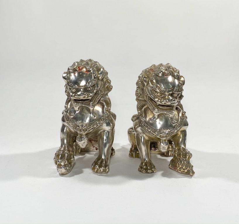 Пара посеребренных статуэток Собаки Фоо
