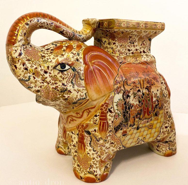 Пара фарфоровых слонов-подставок Вид 1