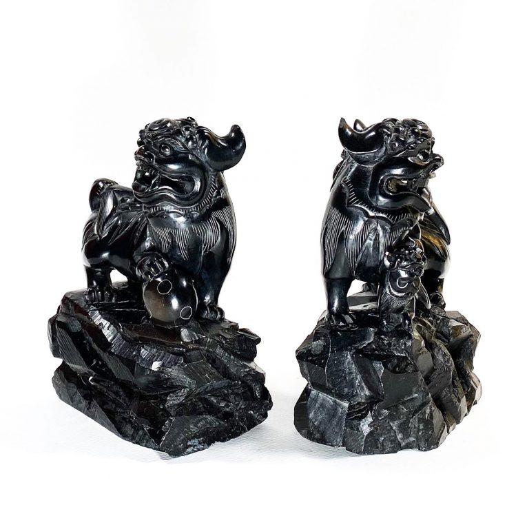 Пара статуэток Собаки Фоо черный нефрит Вид 1