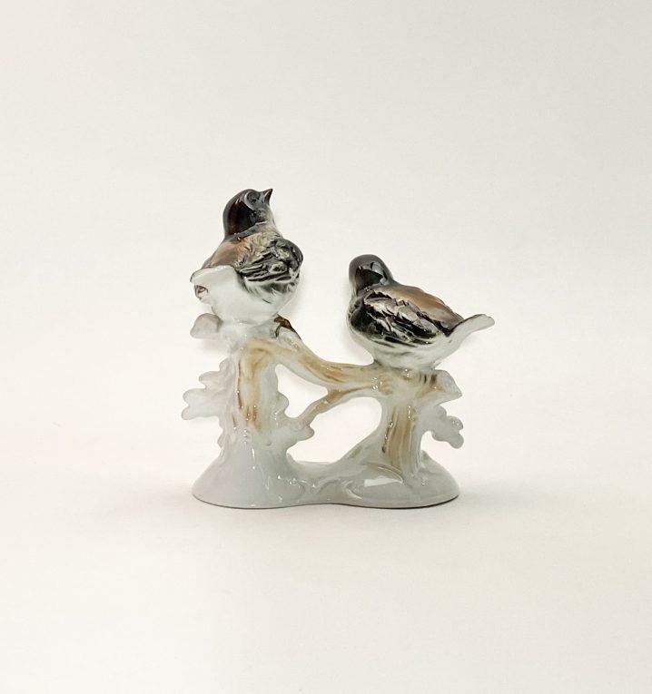 Фарфоровая статуэтка Птицы на ветке дуба Вид 1