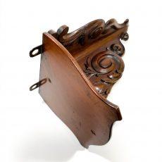 Деревянная полка-консоль