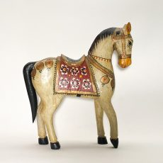Деревянная лошадка с росписью