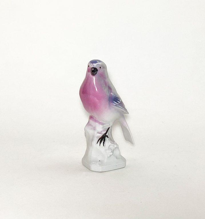 Фарфоровая статуэтка Птичка